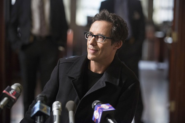 the-flash-tom-cavanagh-600x400