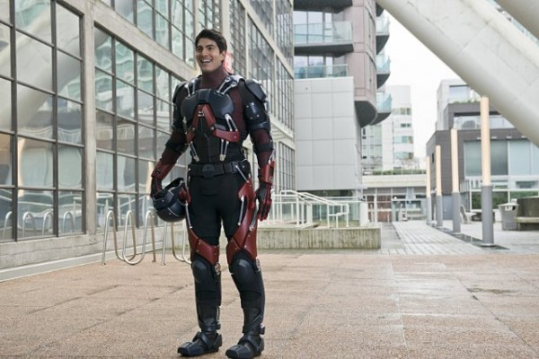 the flash episode 18 ray palmer atom