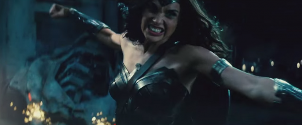 wonder woman's role in batman v superman