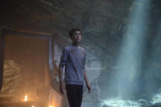gotham season 2 episode 1 discussion bruce batcave