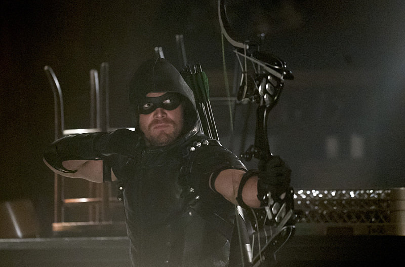 arrow season 4 episode 2 review oliver queen mayor