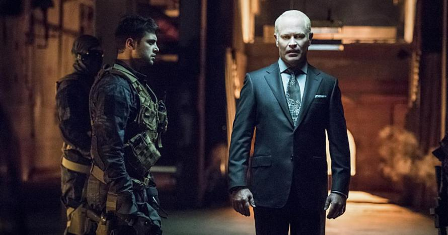 arrow season 4 premiere damien darhk