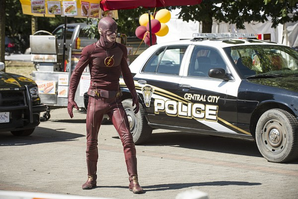 the flash season 2 premiere earth-2 multiverse explanation