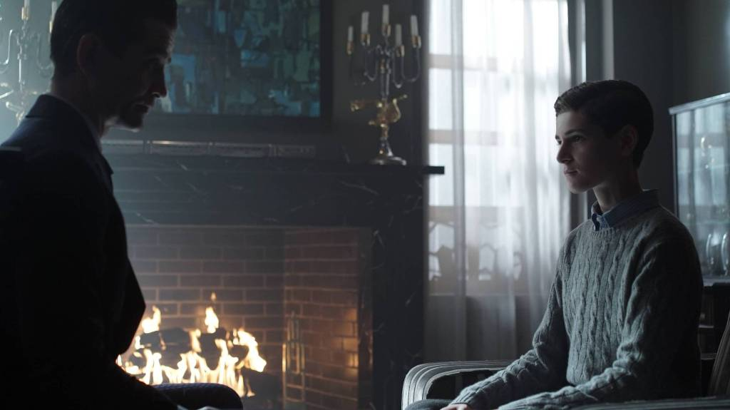 Gotham-2x08-Tonight's-the-Night-2