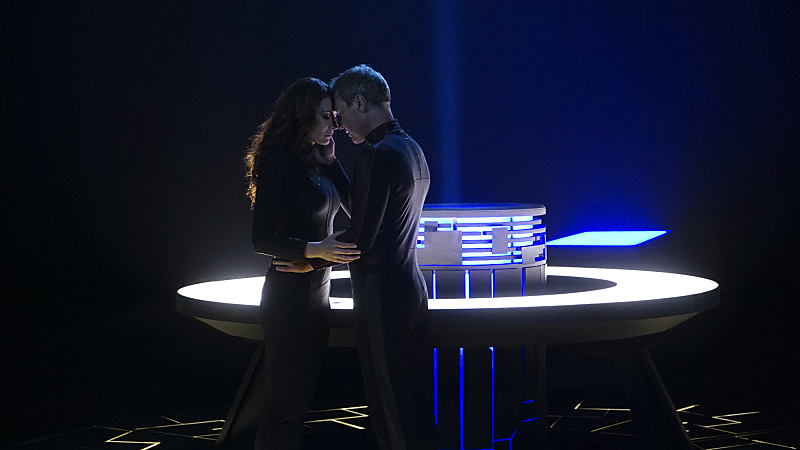 supergirl episode 8 review discussion astra