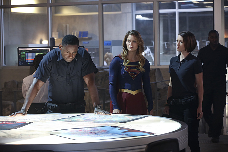 supergirl episode 8 martian manhunter