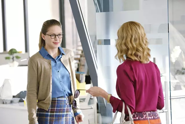 kara and cat supergirl episode 9