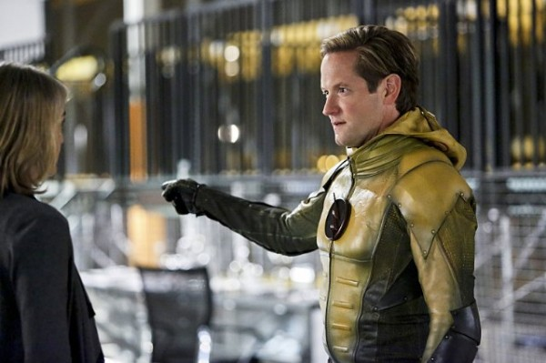 the flash season 2 episode 11 hunter zolomon