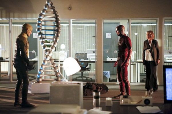 the flash season 2 episode 11 review discussion spoilers