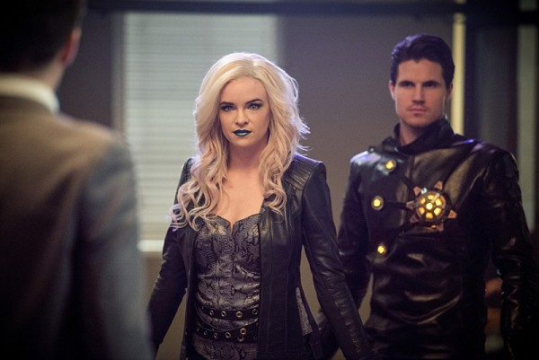 the flash season 2 episode 13 killer frost